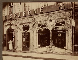 French store circa 1904